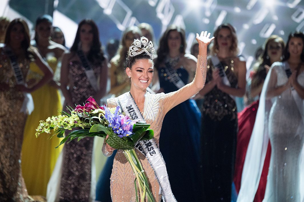 Miss South Africa Demi-Leigh Nel-Peters was crowned Miss Universe 2017